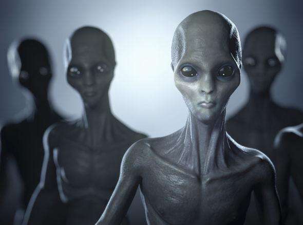 Alien-Group-551128