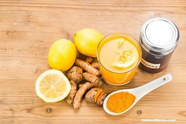 turmeric-lemon-honey-juice-650x-copiar