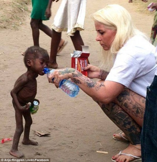 32b67c3a00000578-3517808-heartbreaking_nigerian_boy_now_named_hope_pictured_was_emaciated-a-3_1459448367521