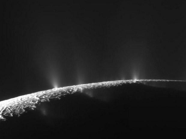 Enceladus-768x576 (Copiar)